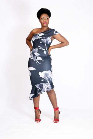 MONOCHROME MONOSTRAP FLORAL SCUBA DRESS