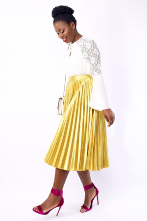 WAGCHIC SATIN PLEATED SKIRT - GOLD