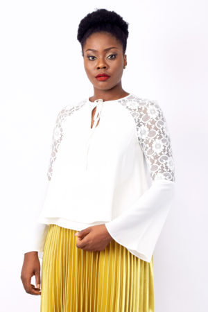 IVORY LACE INSERT FLARE SLEEVE TOP