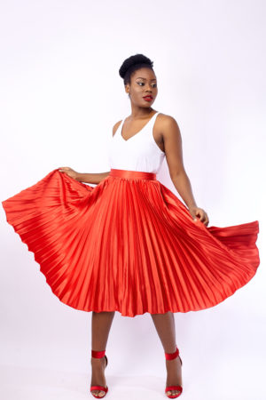 WAGCHIC SATIN PLEATED SKIRT -RED