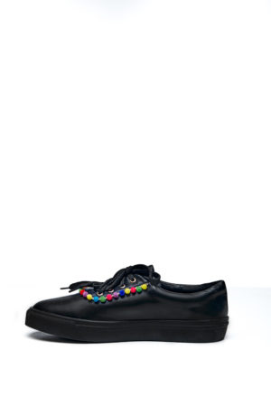 WAGCHIC SNEAKERS WITH MINI POMPOM - BLACK