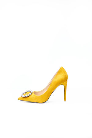 ROUND BUCKLE COURT SHOE - MUSTARD