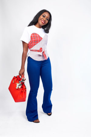 CHECK SWEETHEART DETAIL T SHIRT - WHITE & RED