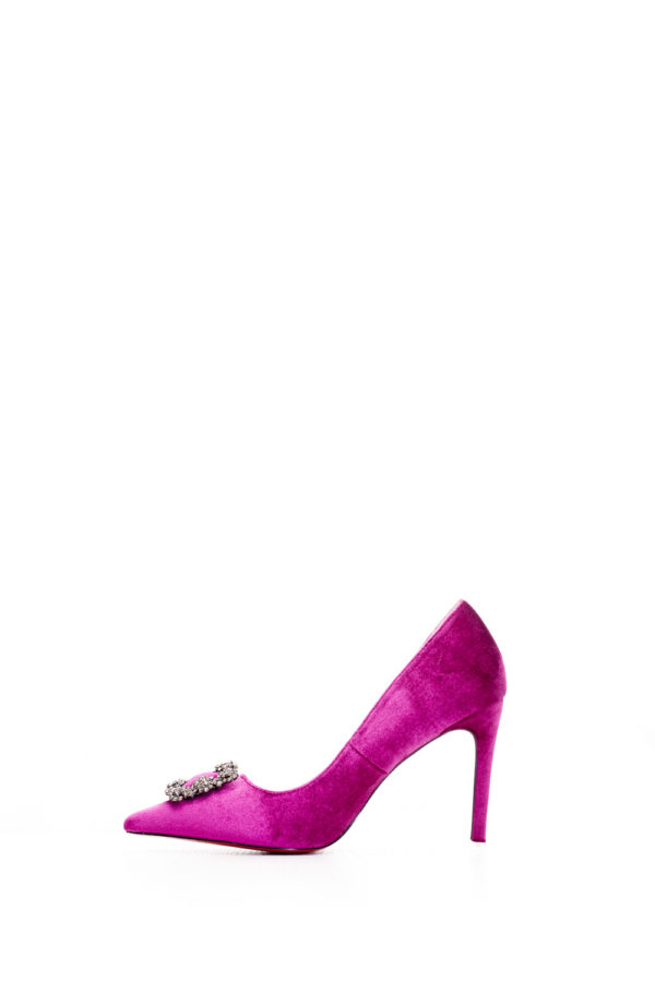 WAGCHIC CALX BUCKLE COURT SHOE - MAGENTA