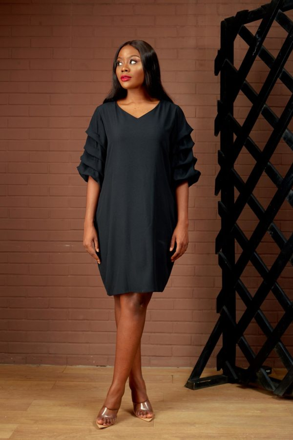 (30% OFF) BUBBLE SLEEVE TUNIC - BLACK