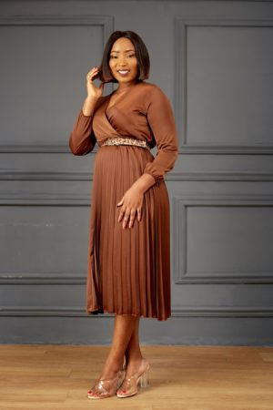 SILK PLEATED MIDI DRESS - BROWN