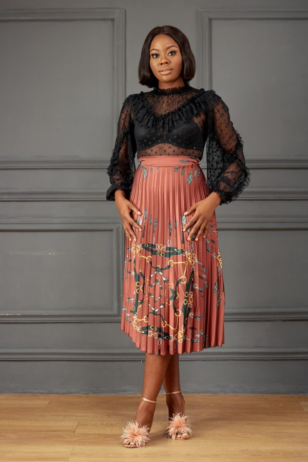 CHAIN PRINT PLEATED SKIRT - BROWN
