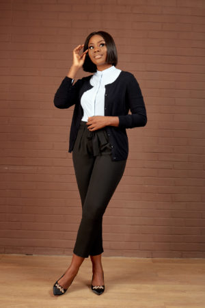 BUTTON CARDIGAN - BLACK