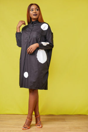 SPOTTY OVERSIZE TUNIC - BLACK & WHITE